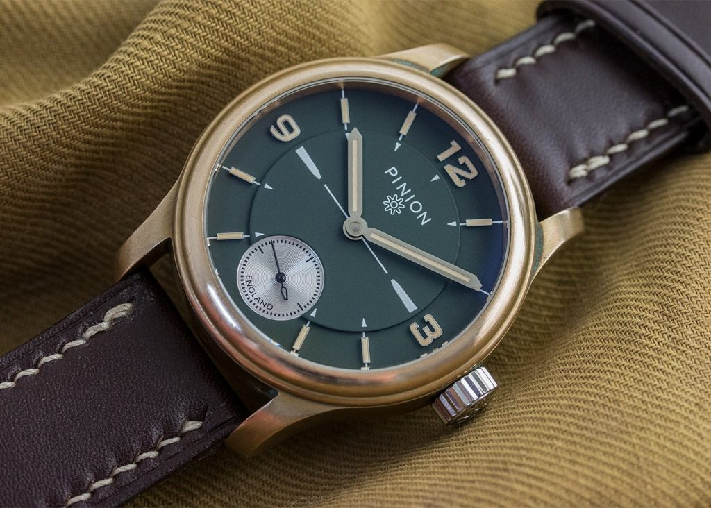 Pinion Pure Bronze watch with green dial