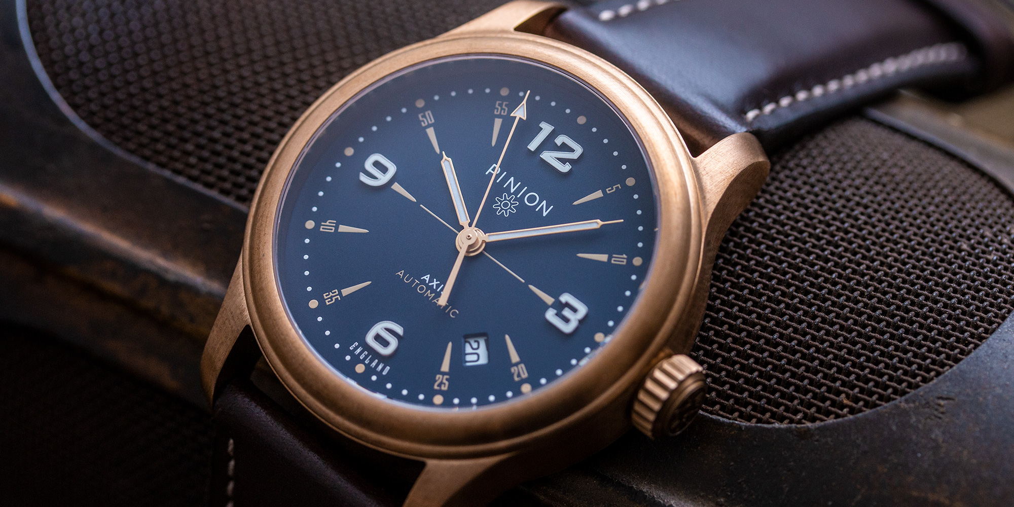 axis-ii-bronze-watch-blue-dial-002