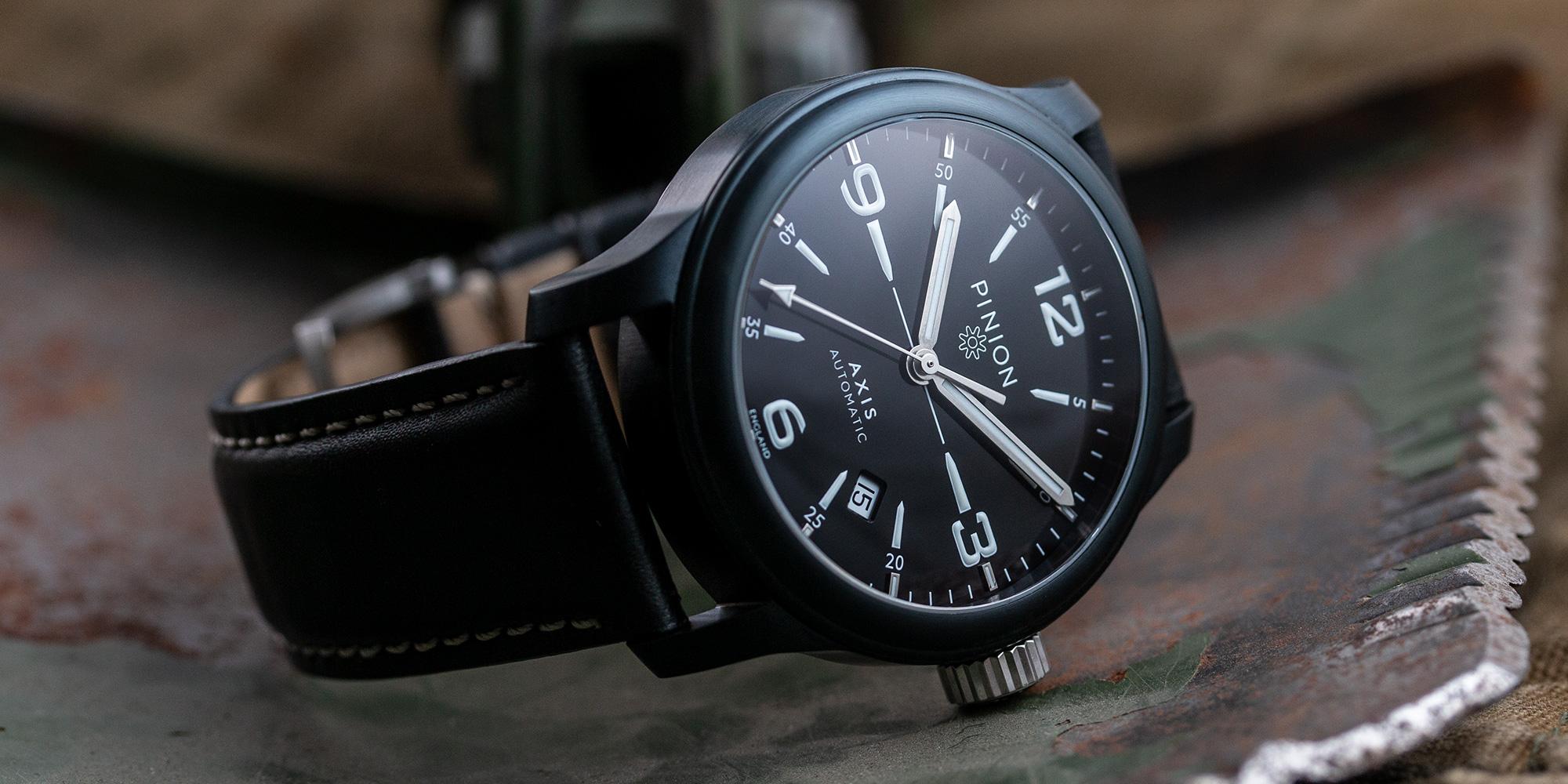 pinion-axis-ii-black-dlc-watch-001