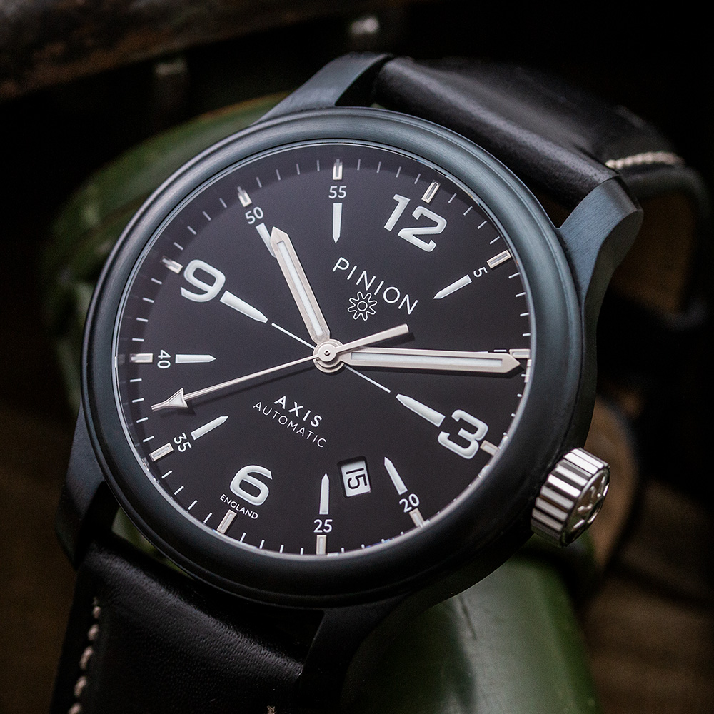 pinion-axis-ii-black-dlc-watch-003-1-1