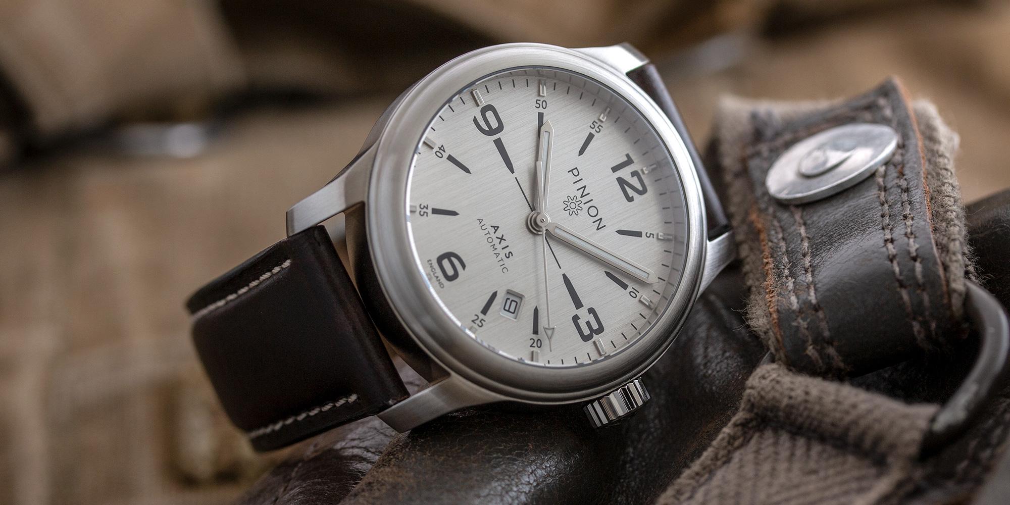 pinion-axis-ii-steel-silver-watch-001