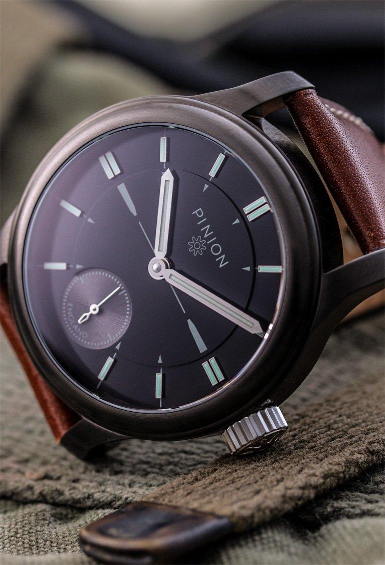 pinion-pure-gg-handwound-watch