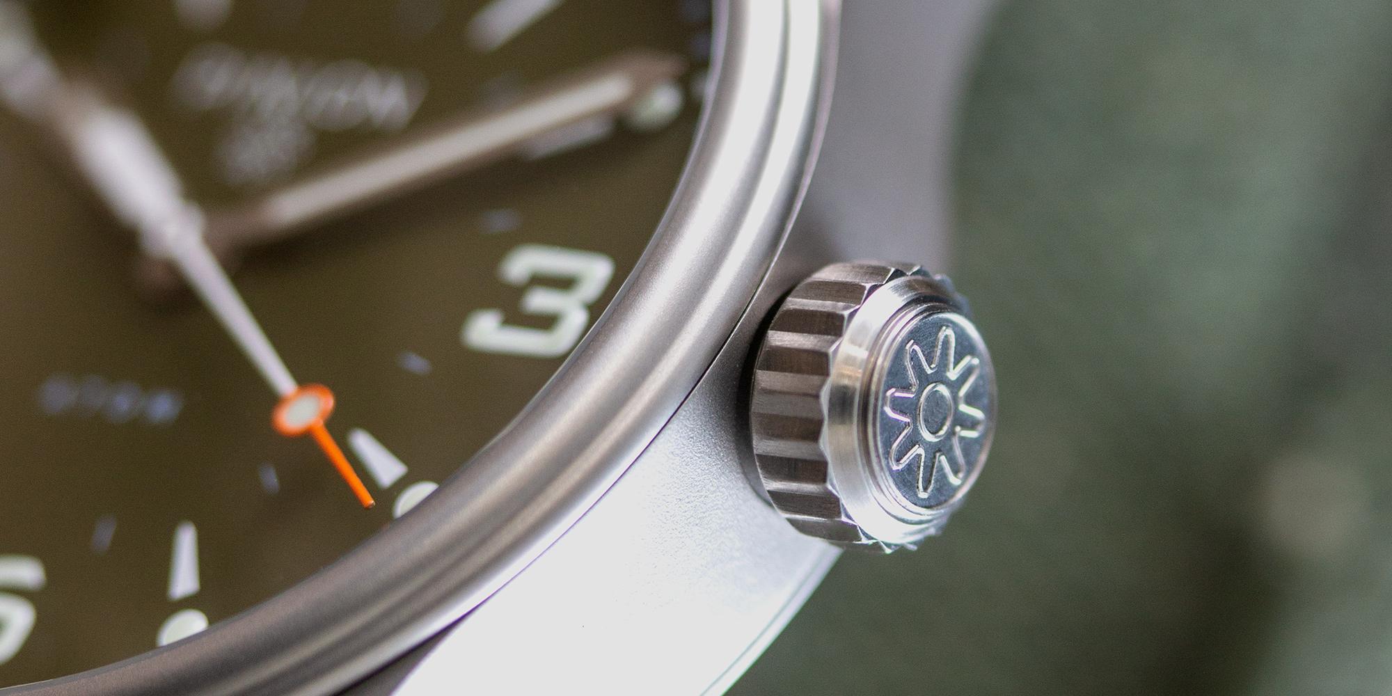 Pinion-Atom-39-no-date-watch-hunter-green-008
