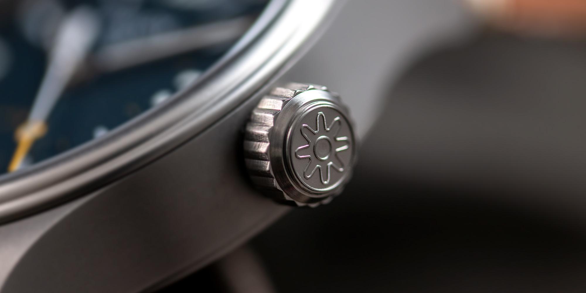 Pinion-Atom-39-no-date-watch-oxford-blue-006