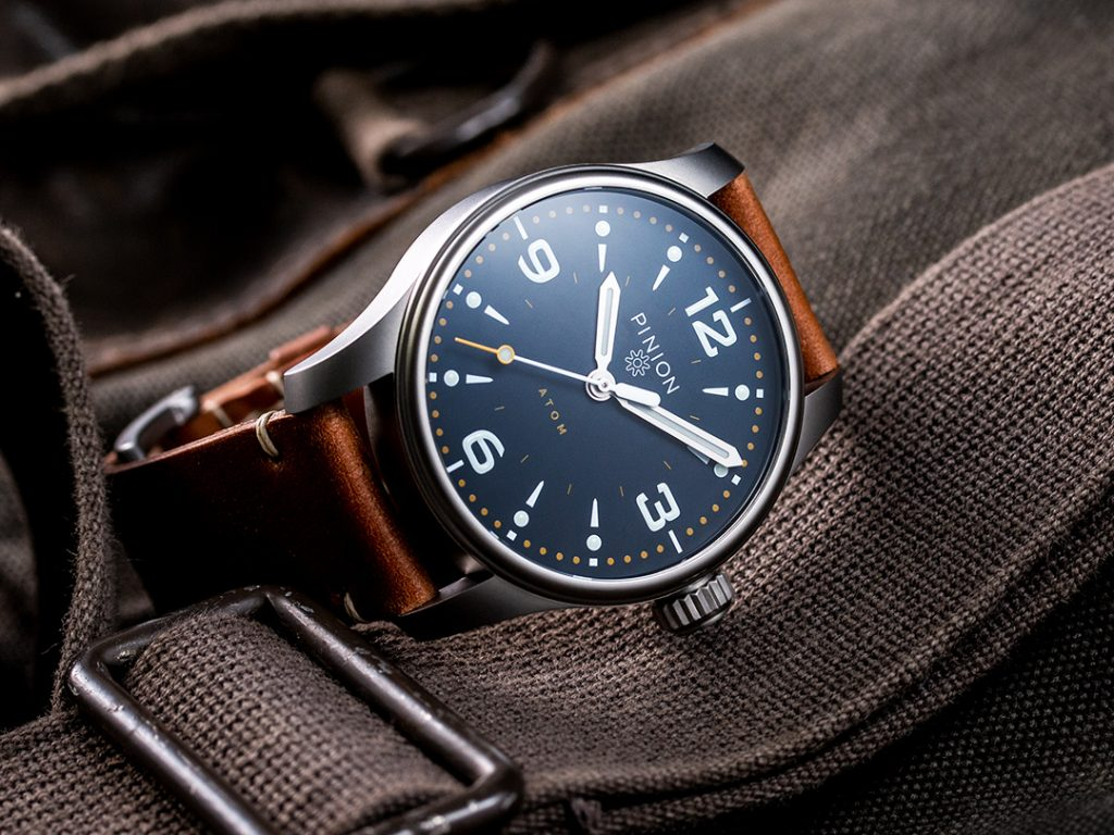 Pinion Atom 39mm No Date Watch - Oxford Blue dial