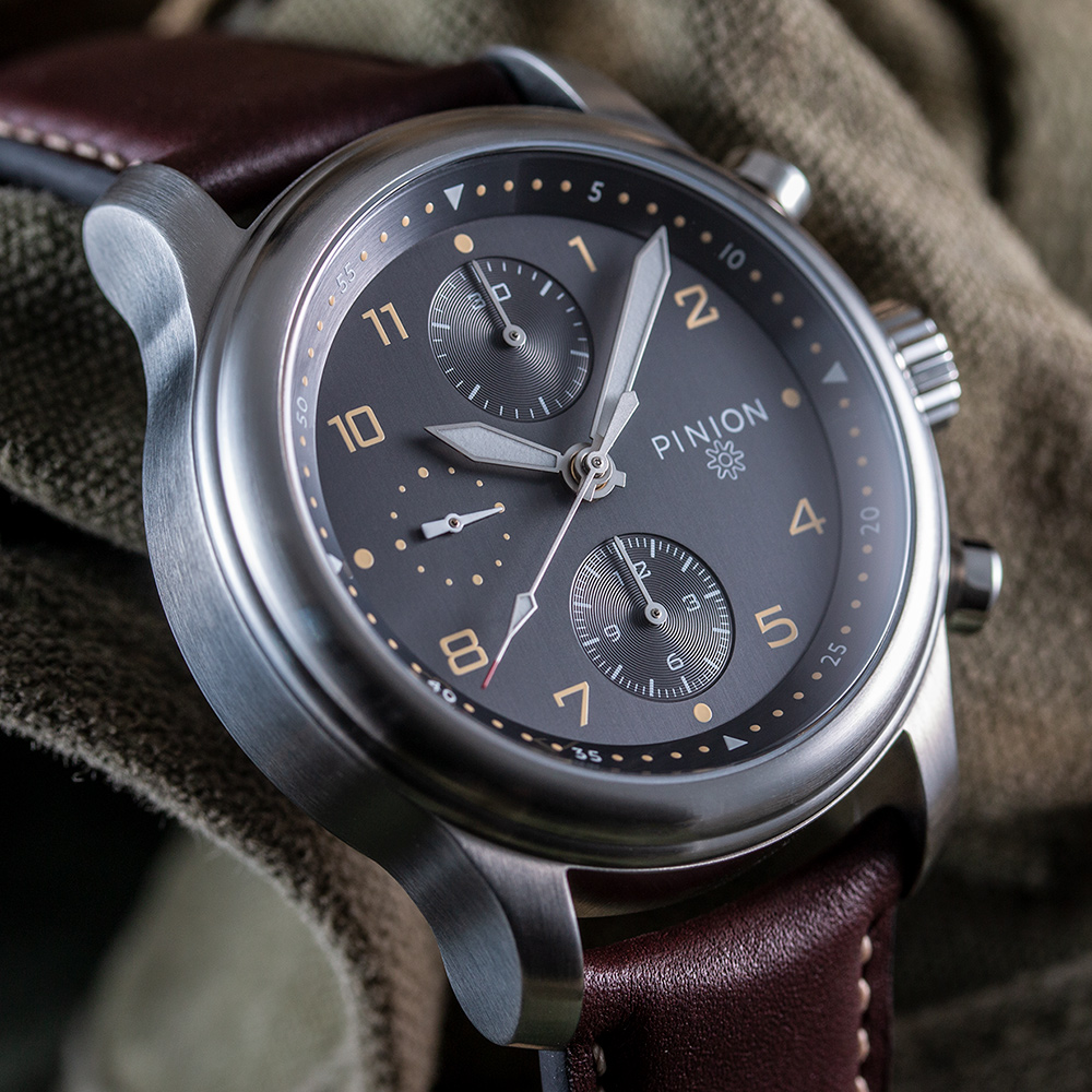 pinion-elapse-chronograph-anthracite-dial-watch-004-m