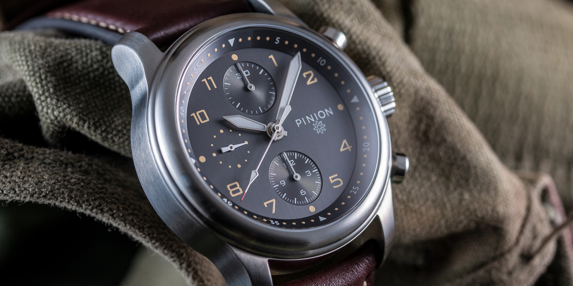 pinion-elapse-chronograph-anthracite-dial-watch-004