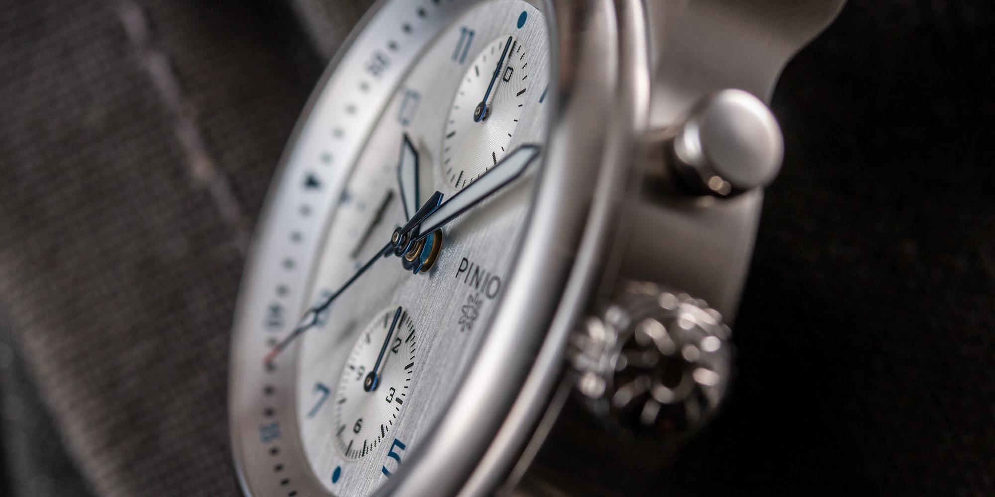 pinion-elapse-chronograph-silver-dial-004