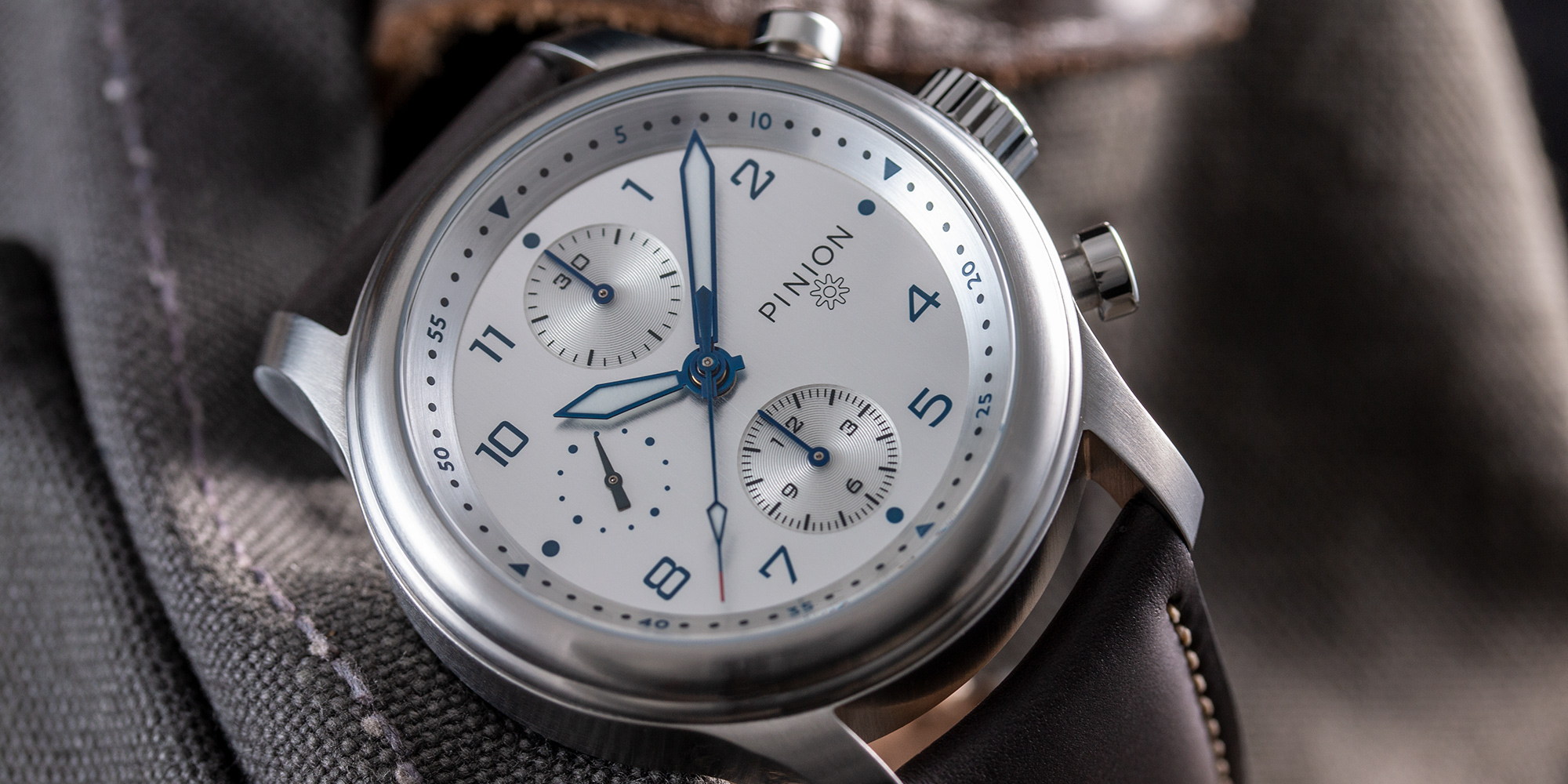 pinion-elapse-chronograph-silver-dial-009