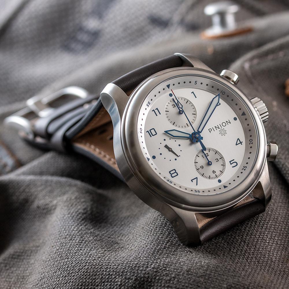 pinion-elapse-chronograph-silver-dial-011-m
