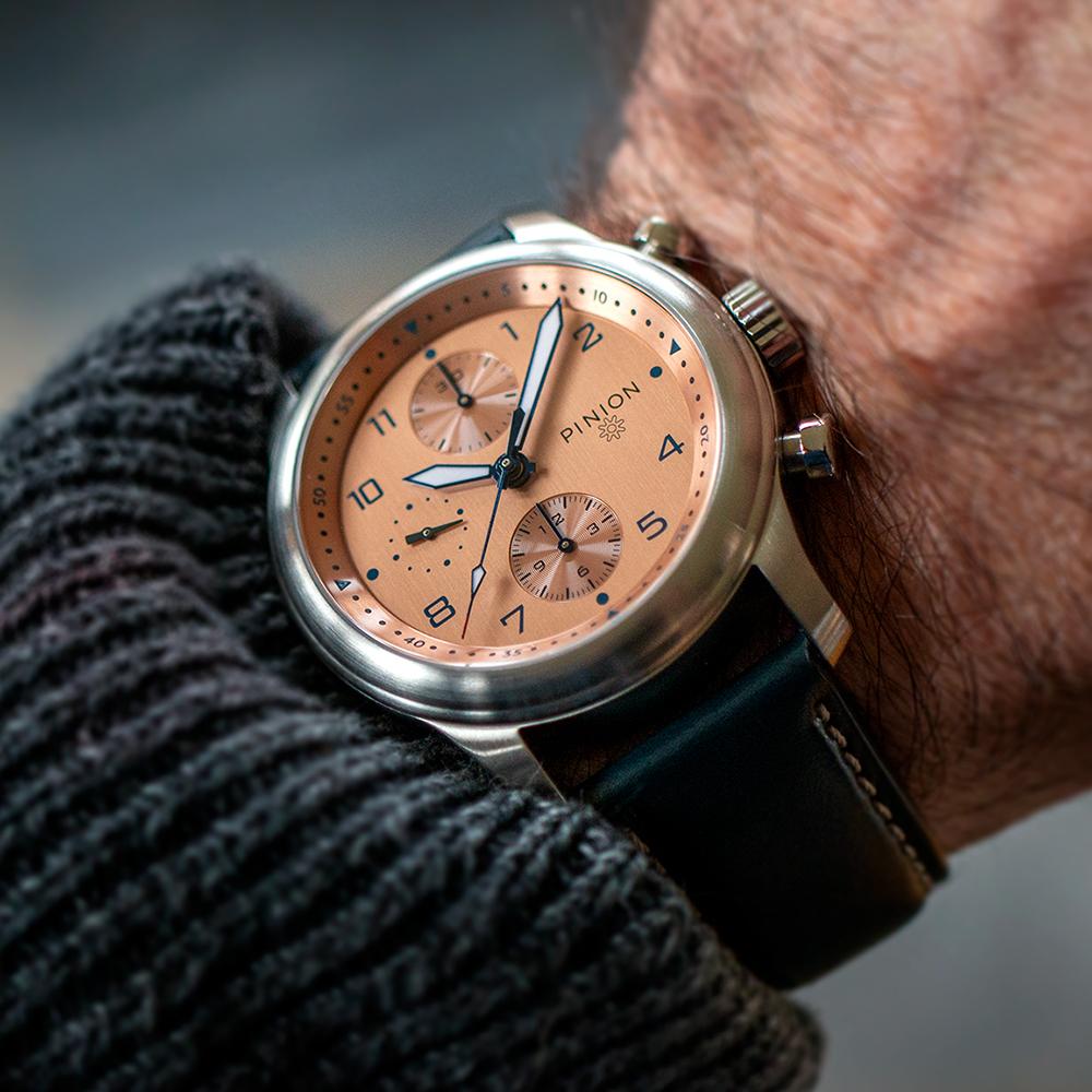 pinion-elapse-salmon-chronograph-m