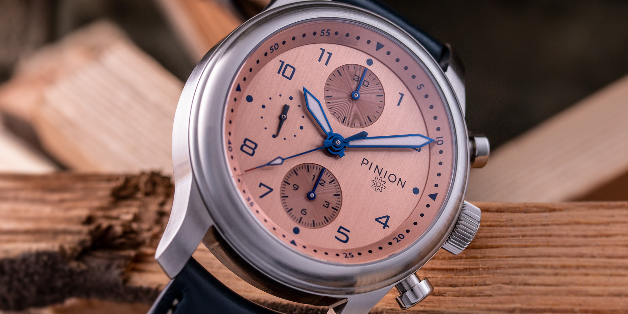 pinion-elapse-salmon-dial-chronograph-001