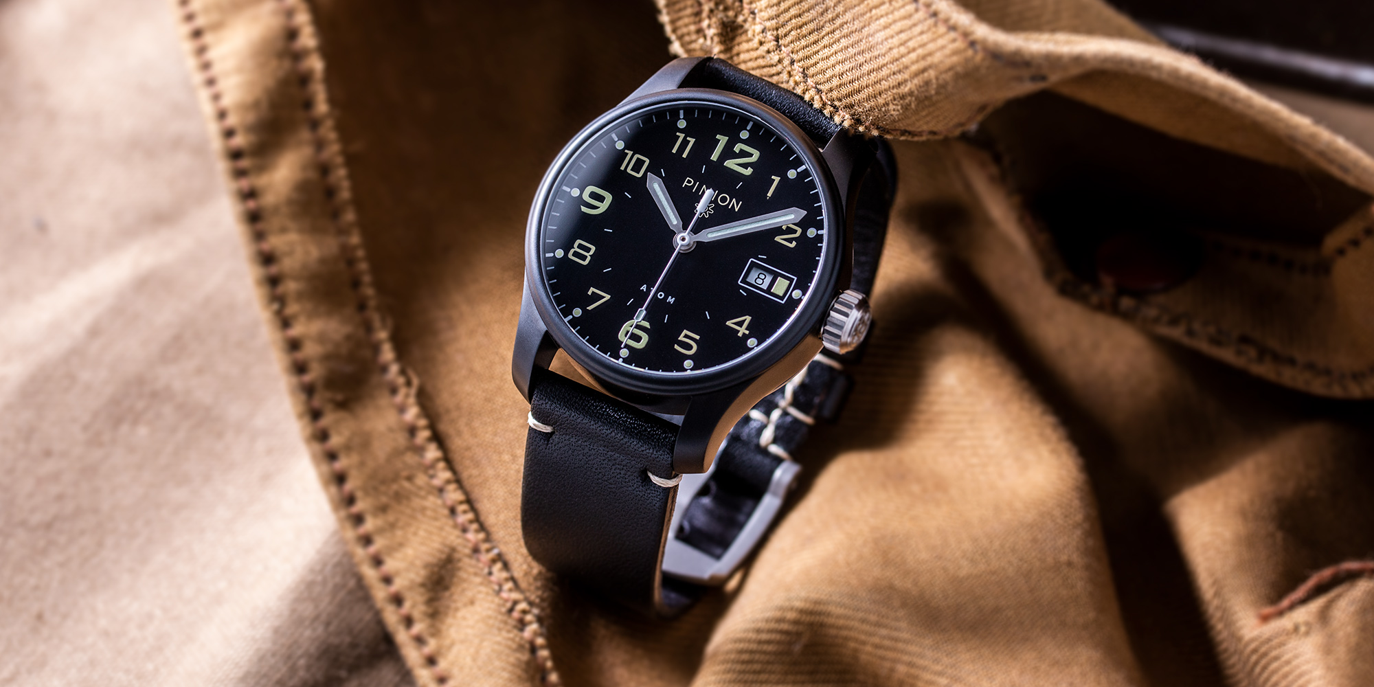 british-watches-pinion-atom-39mm-bk-black-dlc-watch-002-